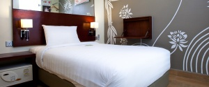 Single Room Tune Hotel Kuta