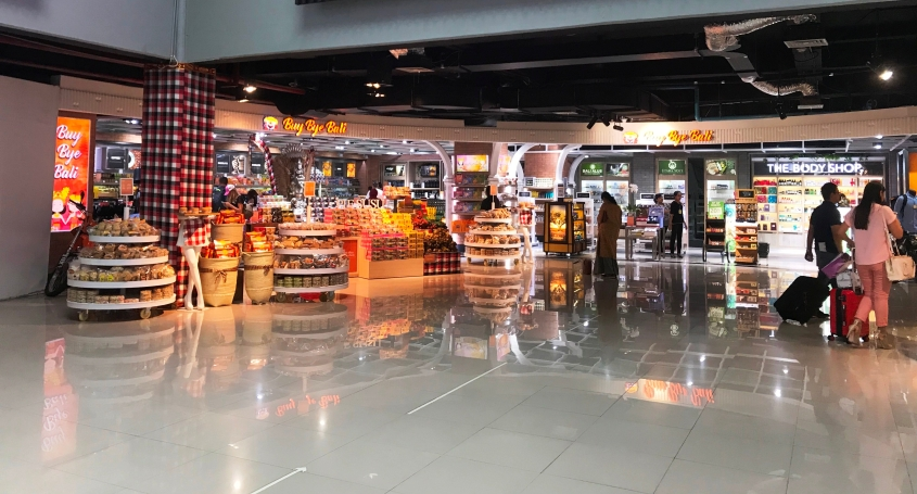 Commercial area @Ngurah Rai Airport
