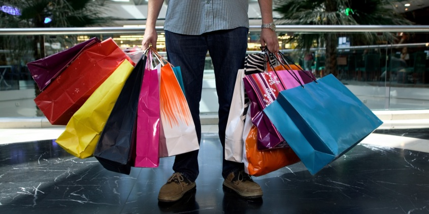 Shop during holiday (Foto : ties.com)