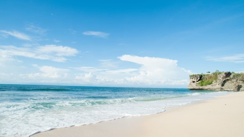2. Balangan Beach