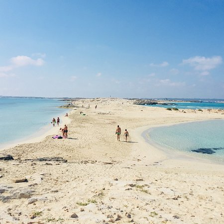 13. Playa de Ses Illetes Kepulauan Balearic