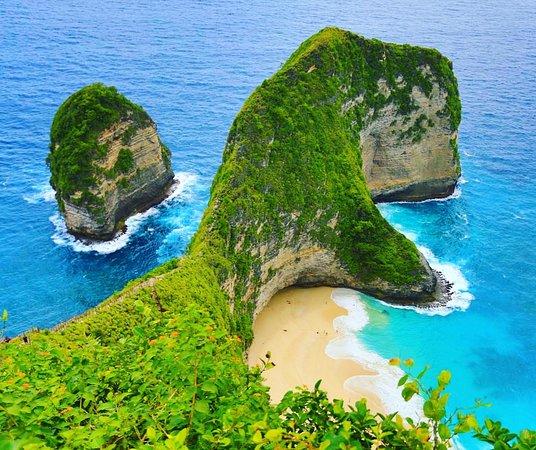 19. Pantai Kelingking Nusa Penida Bali